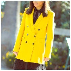 ZARA - Double breasted yellow blazer w/ pockets 💛